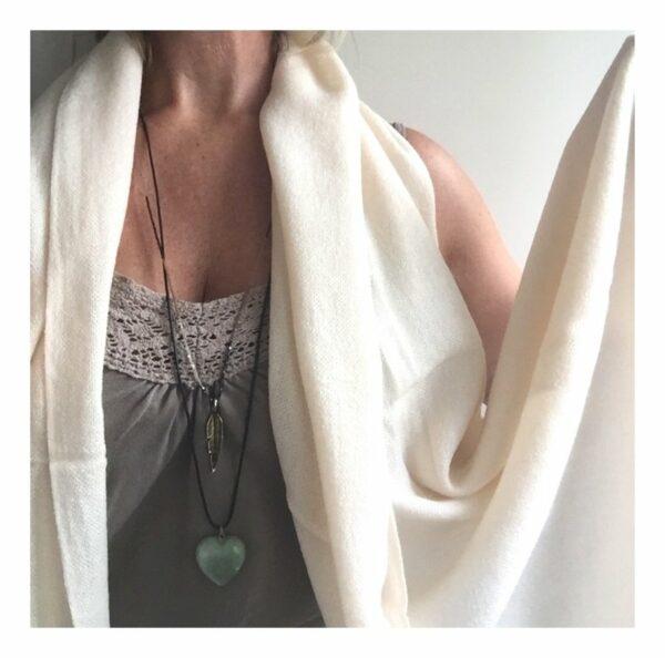 Basic Lovely Scarfs shawl, wol wit
