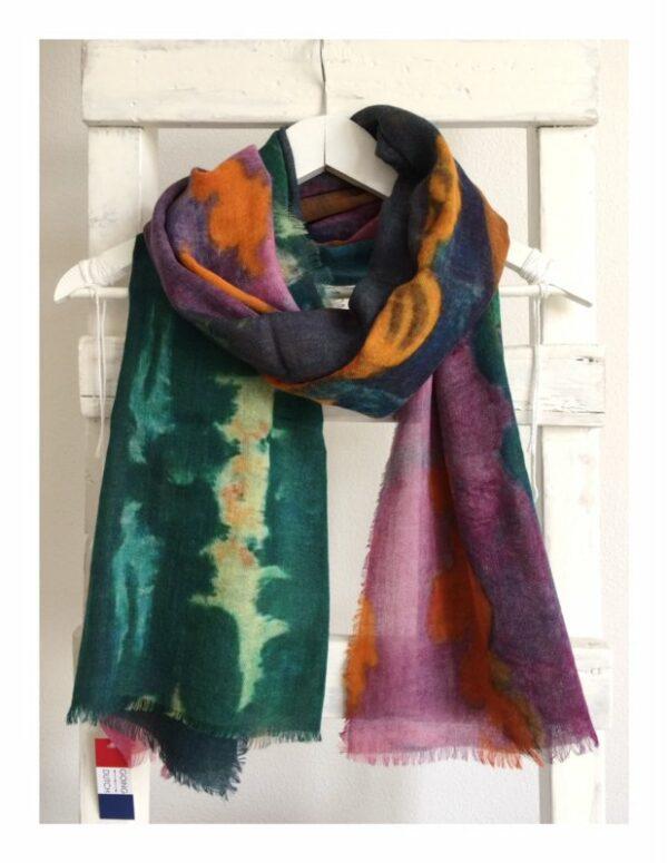 Otracosa shawl Gauguin By the sea