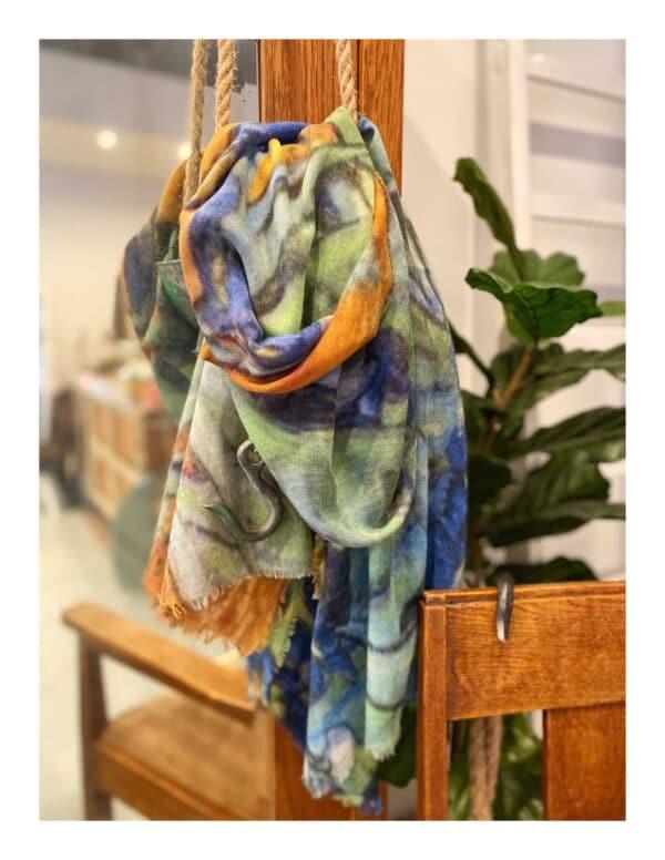 otracosa schilderij shawl