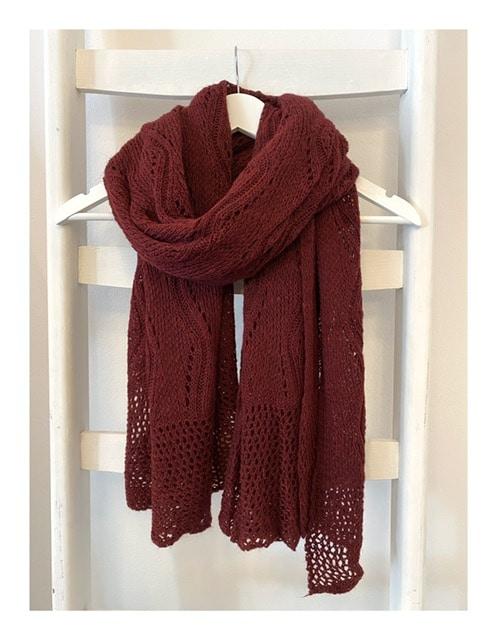 Ajour gebreide shawl, bordeaux