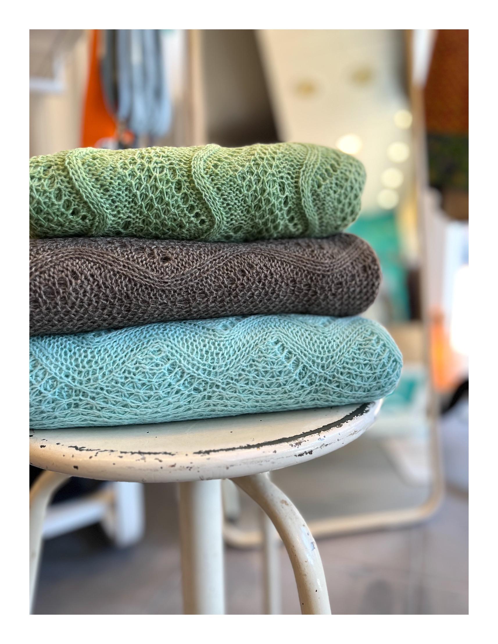 Otracosa art shawl Bram van Velde
