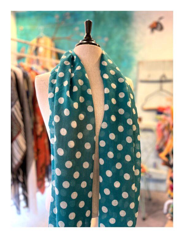 Ajour gebreide shawl, licht roze