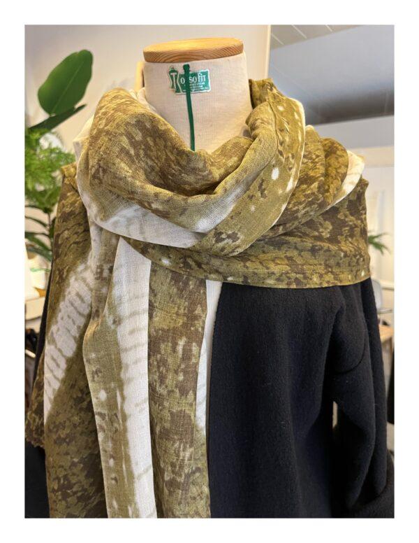 Ajour gebreide shawl