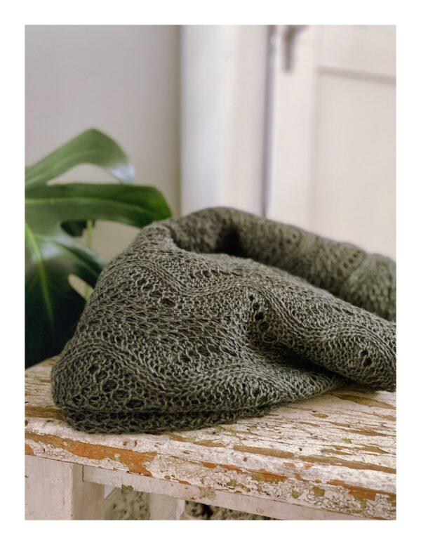 Ajour gebreide shawl, groen