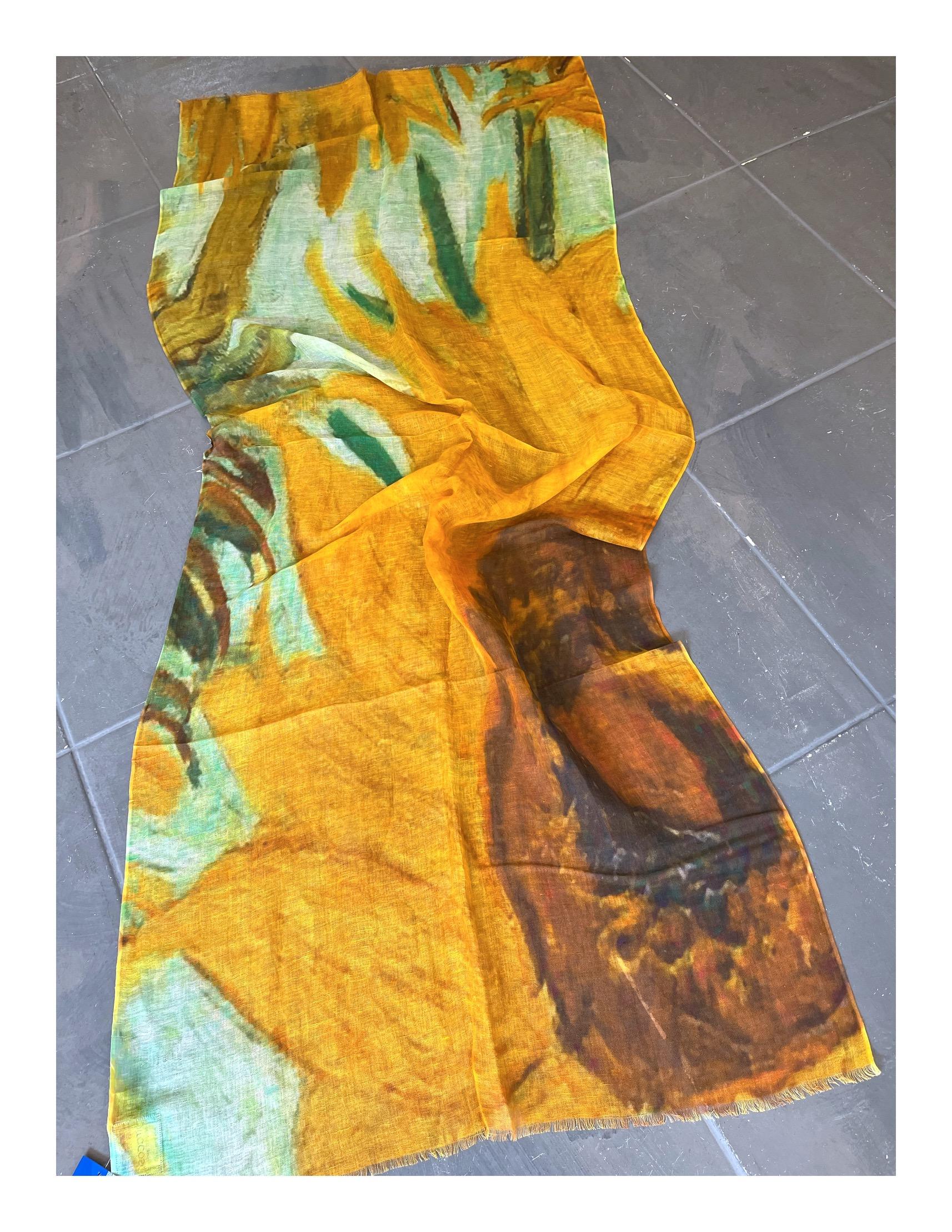 Turquoise shawl met gouden stippen