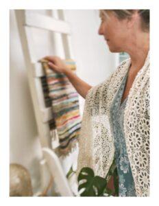 Gehaakte Lovely Scarfs shawl