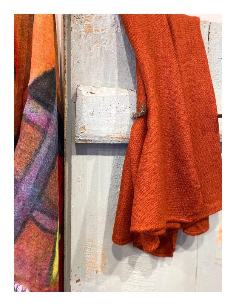 Basic Lovely Scarfs shawl, oranje