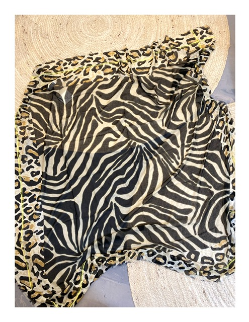 Moment by Moment Africa print shawl